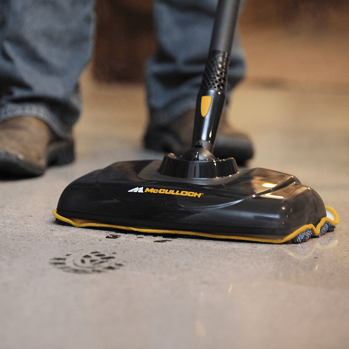 MC1385 McCulloch Deluxe Canister Deep Clean Multi-Floor